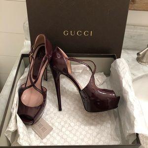 Gucci Lili platform peep toe pumps high heels